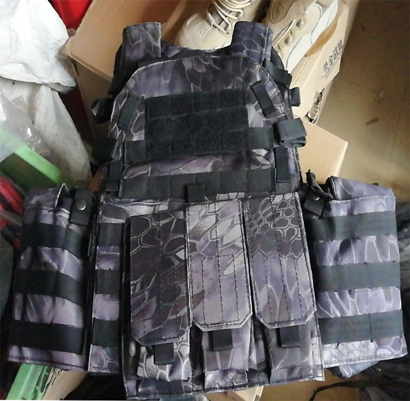 LT6094 Plate Carrier Vest w/ Pouch - Python Snake Camo TYP Night Urban Marines